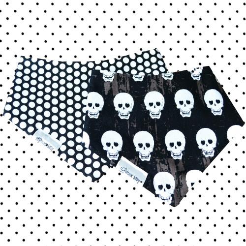 Reversible skull drib by Punk Baby