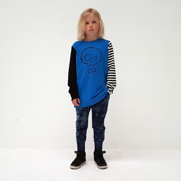 Punk Baby's Blue Skull Tee, is more than just a tee - with one black sleeve, and one striped sleeve, you'll be standing out in a crowd in this bad boy!